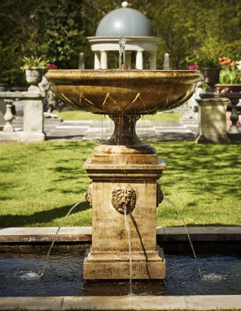Kew Pedestal
