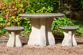 Hadlow Table and 4 Stools