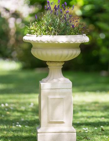 https://www.chilstone.com/garden-ornaments-pedestals/linford-pedestal