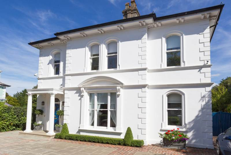 How to Enhance Your Home on a Budget with Cast Stone