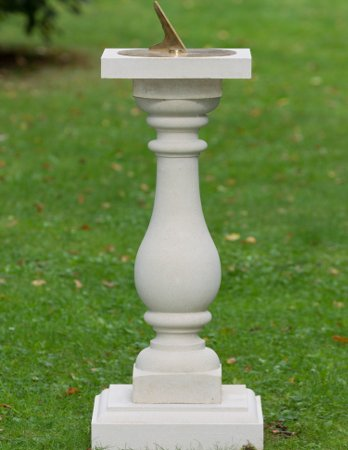 https://www.chilstone.com/garden-ornaments-sundials/la-vallette