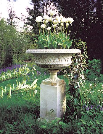 https://www.chilstone.com/garden-ornaments-urns/broughton-tazza
