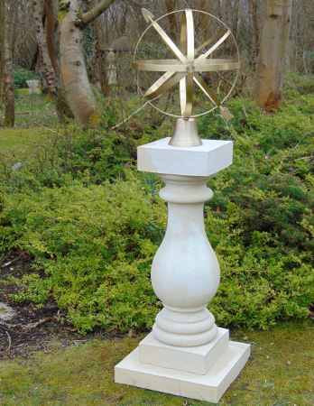 https://www.chilstone.com/garden-ornaments-category/chelsea-sundial-plinth
