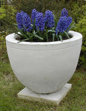 https://www.chilstone.com/garden-ornaments-category/large-kent-bowl